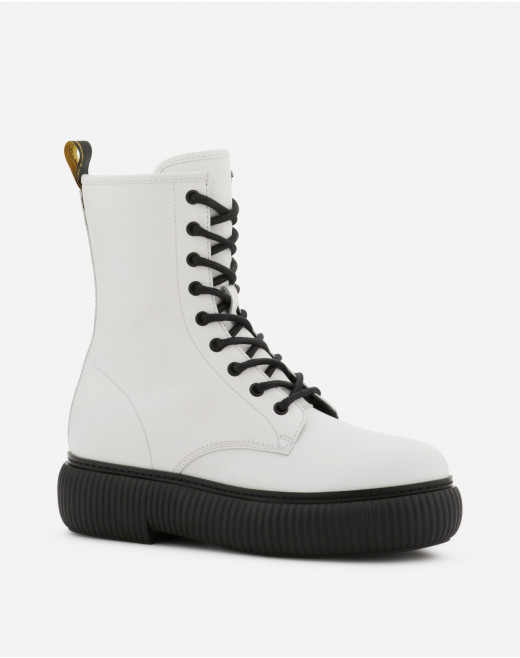 LEATHER ARPÈGE LACE-UP BOOTS