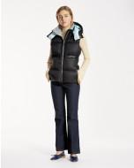 Sleeveless short down jacket