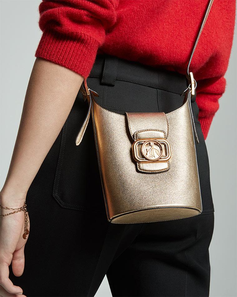 The Swan Bucket bag